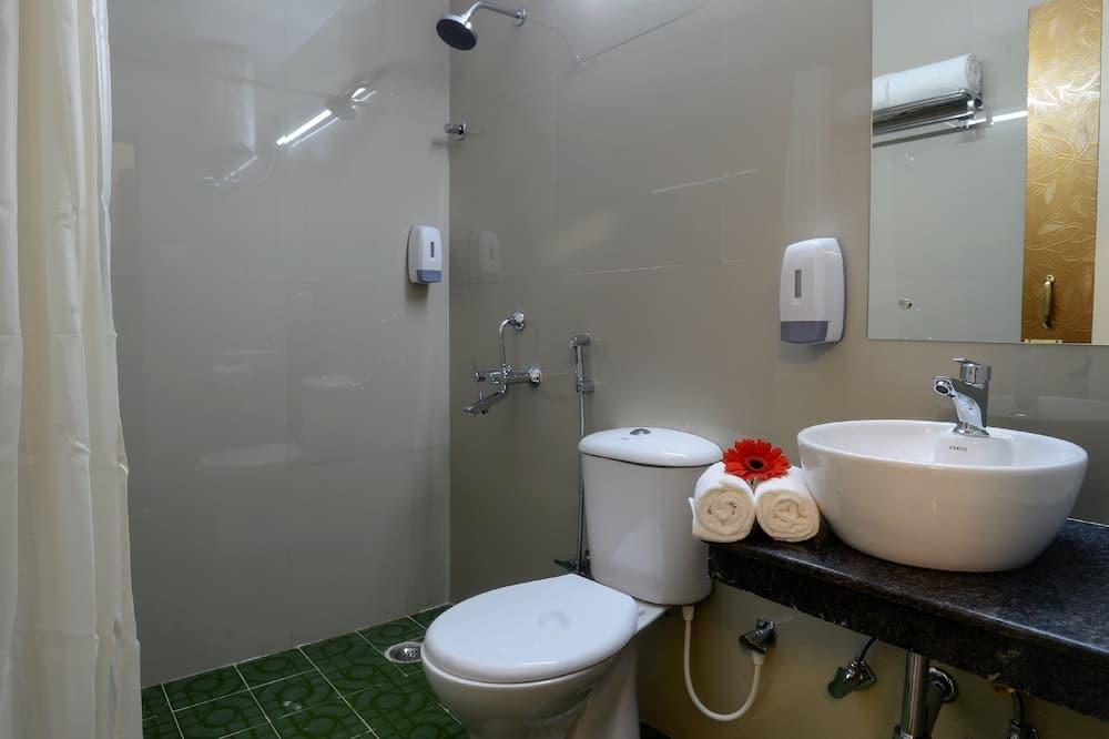 ห้องพรีเมียร์ซิงเกิล, เตียงเดี่ยว 1 เตียง, วิวเมือง, ห้องมุม - ห้องน้ำ