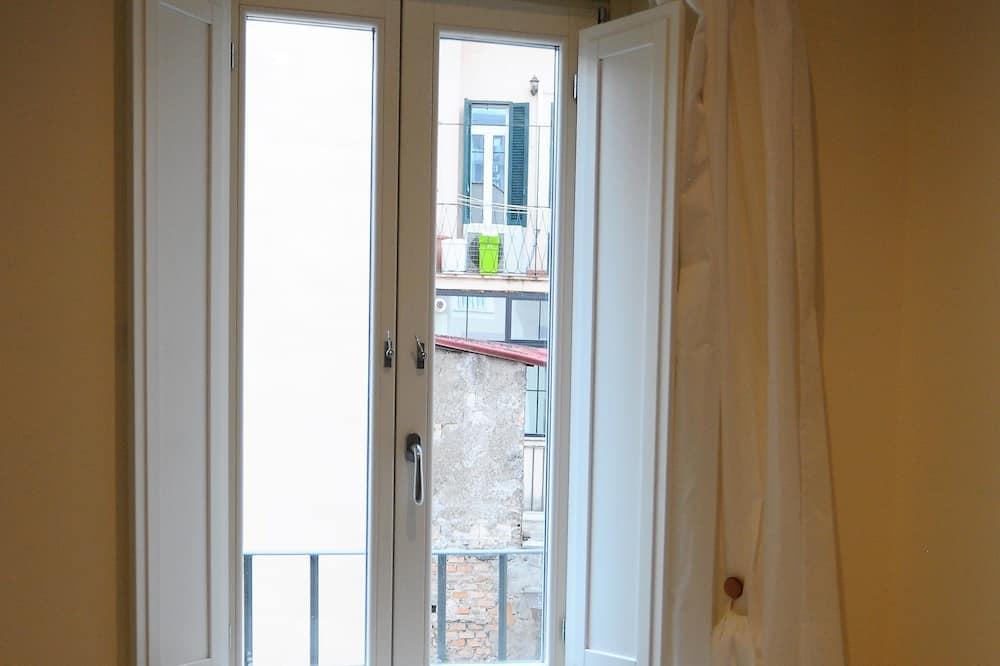 Suite Deluxe, baignoire à jets, vue ville - Restauration dans la chambre