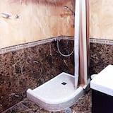 Habitación triple básica - Baño