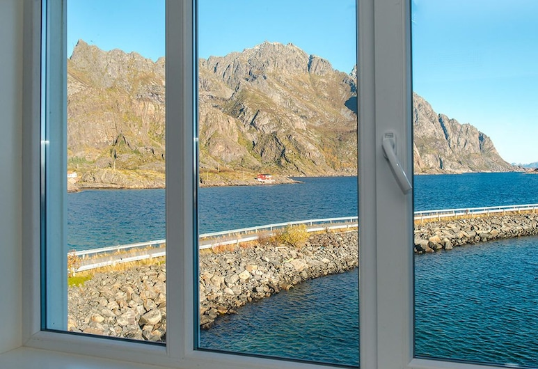 Lofoten Arctic Henningsvær Hotel, Vagan, Standard Double or Twin Room, Partial Sea View, Guest Room View