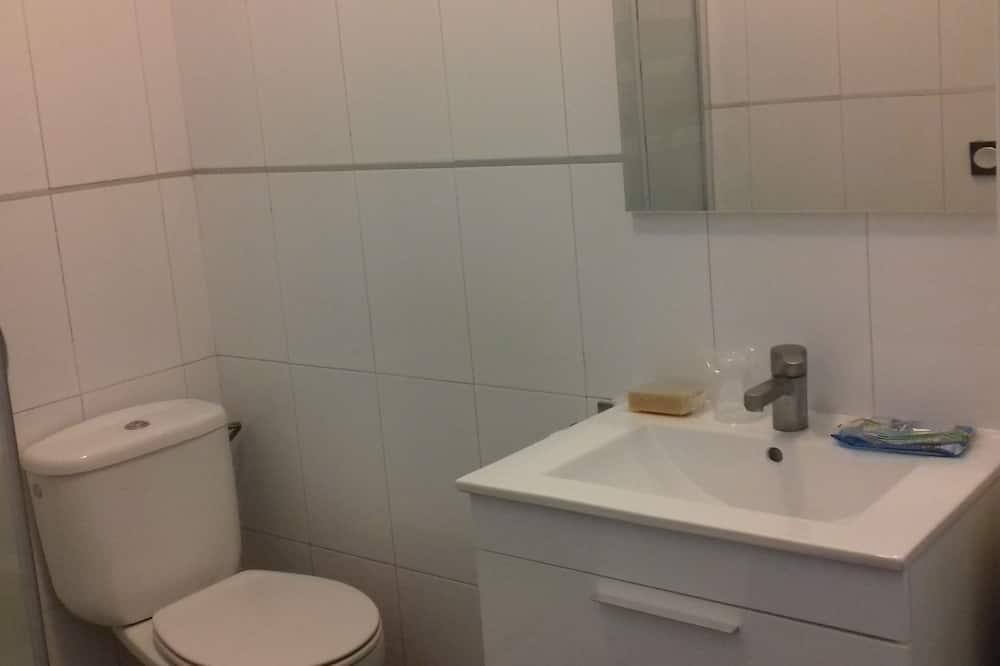 Apartmán, vlastná kúpeľňa (De un dormitorio) - Kúpeľňa