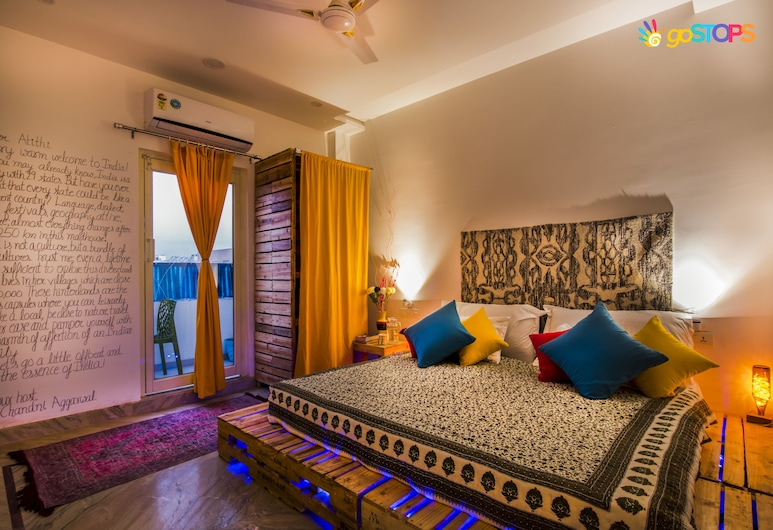 goStops Agra, Agra, Deluxe Double Private Room, Guest Room