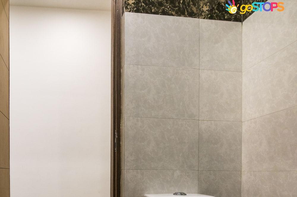 Dormitorio compartido Deluxe, dormitorio mixto, baño privado (Bed in 8-Bed Mixed Dormitory Room) - Baño