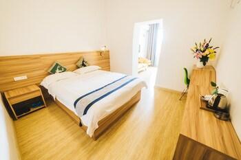Guilin bölgesindeki Global Village River View Hostel resmi