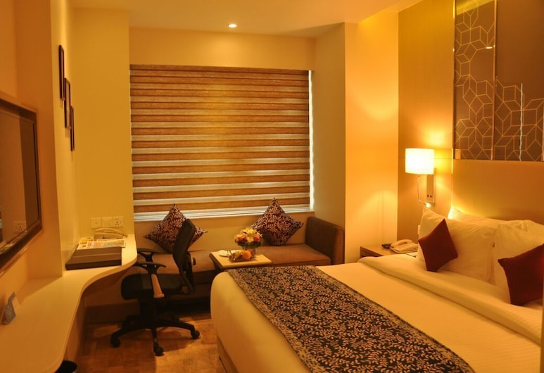 Days Hotel by Wyndham Jaipur Tonk Road, Jaipur, Room, 1 King Bed, Accessible, Non Smoking, Guest Room