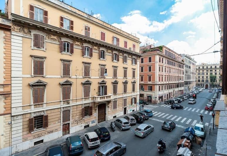 Sasa House, Roma, Vista dall'hotel