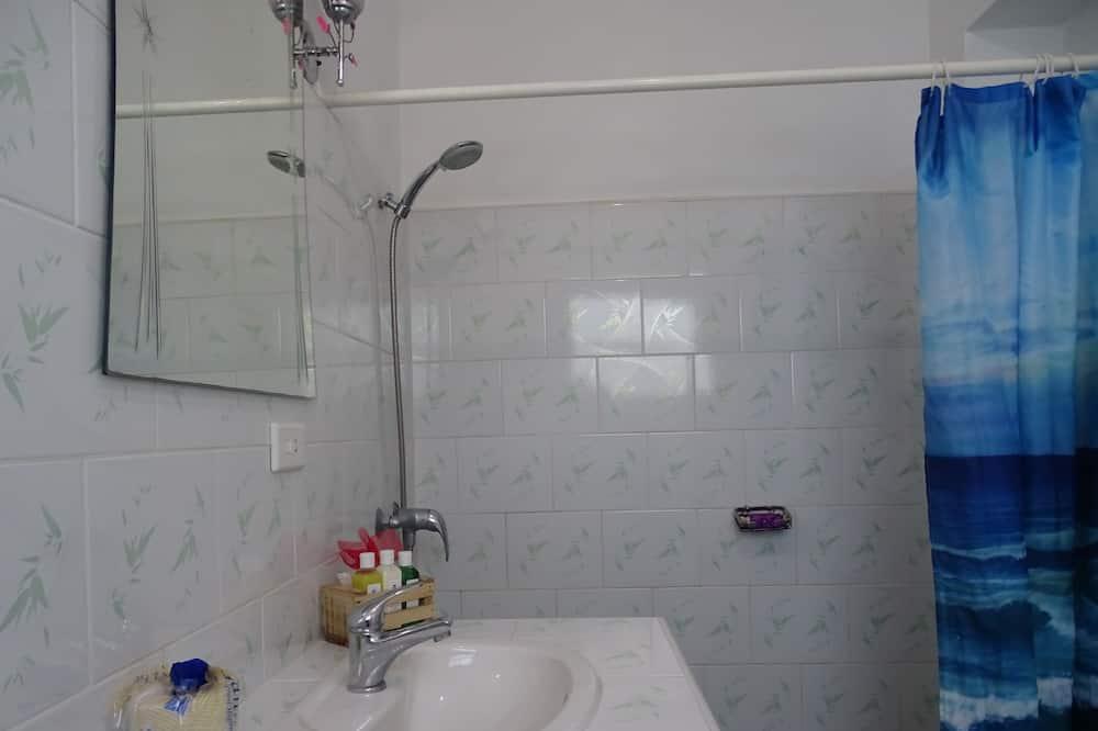 슈피리어 아파트, 더블침대 1개 및 소파베드, 금연 - 욕실