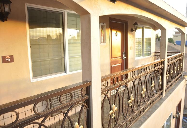 Sun Light Motel, Доуни, Балкон