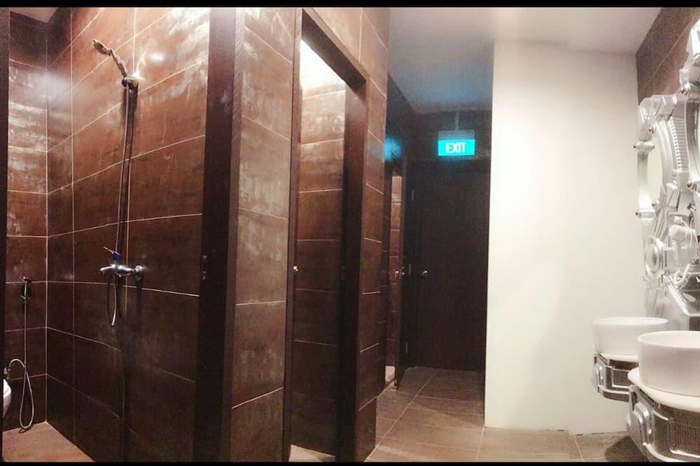 Standard Pod - Bathroom