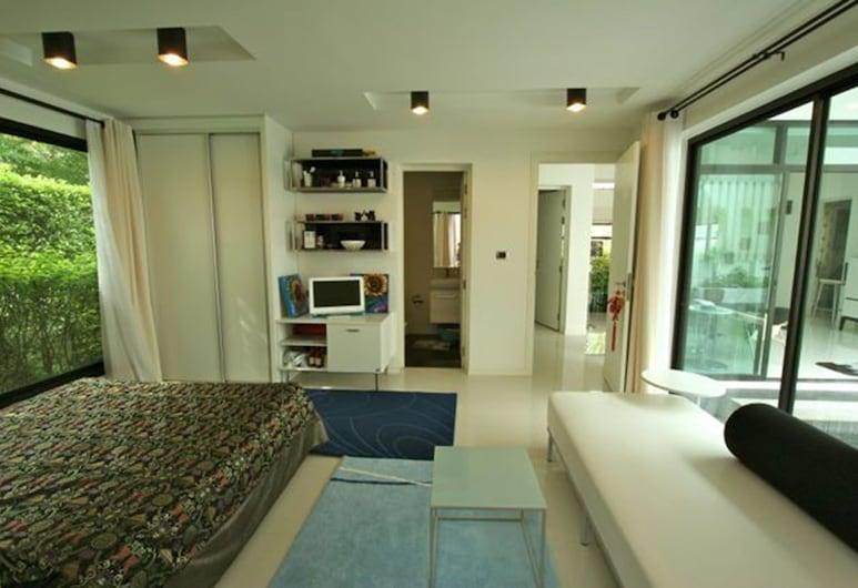 3 Bedroom Private Pool Villa by PPF, Kamala, 3 Bedrooms Pool Villa , Habitación