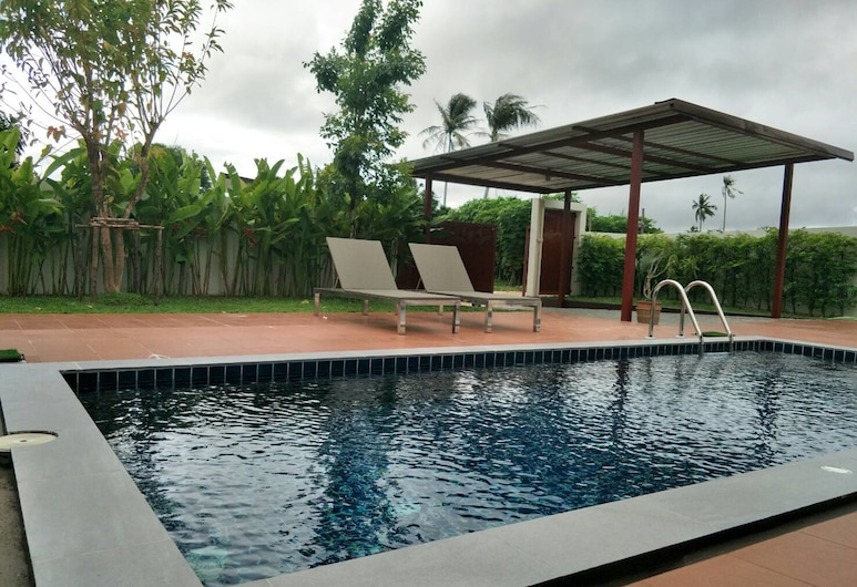 Tropical 2 Bedroom Pool Vill by PPF, Choeng Thale, 2 Bedrooms Pool Villa , Terrace/Patio