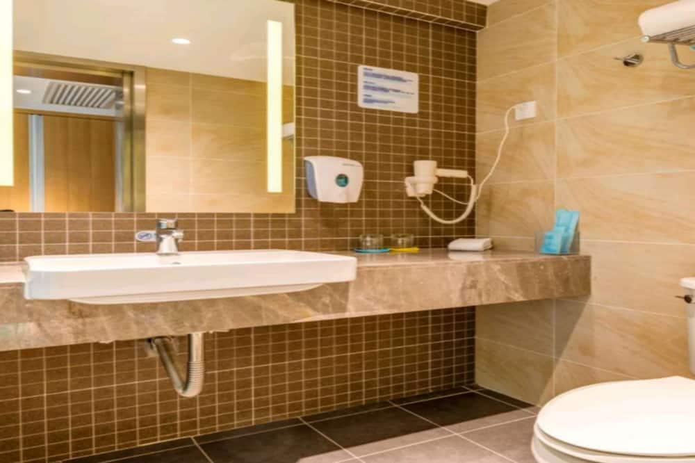 ห้องสแตนดาร์ด, เตียงเดี่ยว 2 เตียง (Extra Floor Space) - ห้องน้ำ