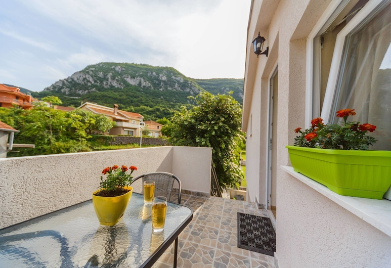Paradise Bay Apartments, Kotor, Apartment, 1 Bedroom, Terrace (1), Balcony