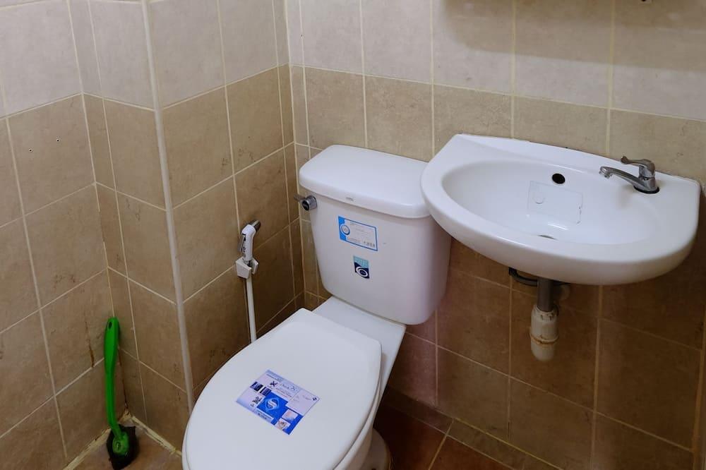 Standard Double Room - ห้องน้ำ
