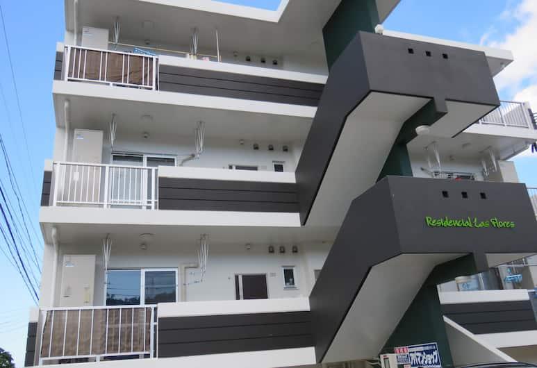 名護花之住宅公寓酒店, 名護