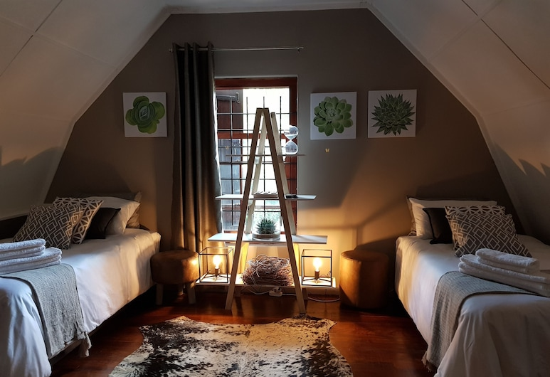 440 At Brooklyn, Pretoria, Twin Room, Guest Room