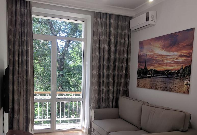 Opera Apartments, Almaty, Standard-Apartment, 1 Schlafzimmer, Raucher, Balkon