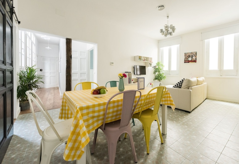 Plaza Tirso de Molina City Center II, Madrid, Apartment, 2 Bedrooms, Living Area