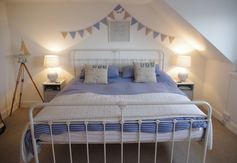 Harbour Heights , Anstruther, Room