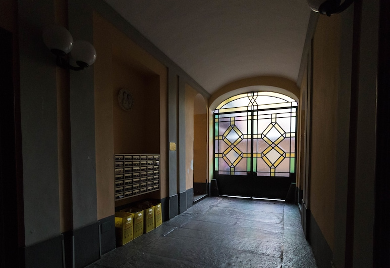 Mono Verde, Torino, Ingresso interno