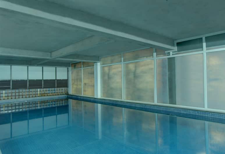 OYO 9946 CKB Apartment, Bengaluru, Pool