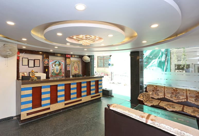 OYO 7684 Hotel Repose Villa, New Delhi, Prostor za sjedenje u predvorju