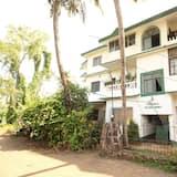 OYO 9893 Home Green View 2BHK Baga Beach