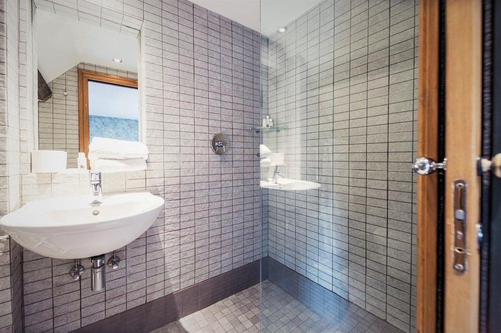 Superior Tek Büyük Yataklı Oda, Banyolu/Duşlu (Countryside View) - Banyo