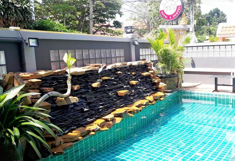 Livit70's hotel & hostel , Pattaya, Hồ bơi ngoài trời