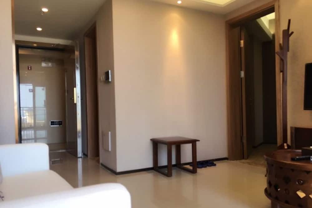 Deluxe Suite, Sea View - Living Room