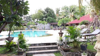 Picture of Bagus Beach Resort in Banjar