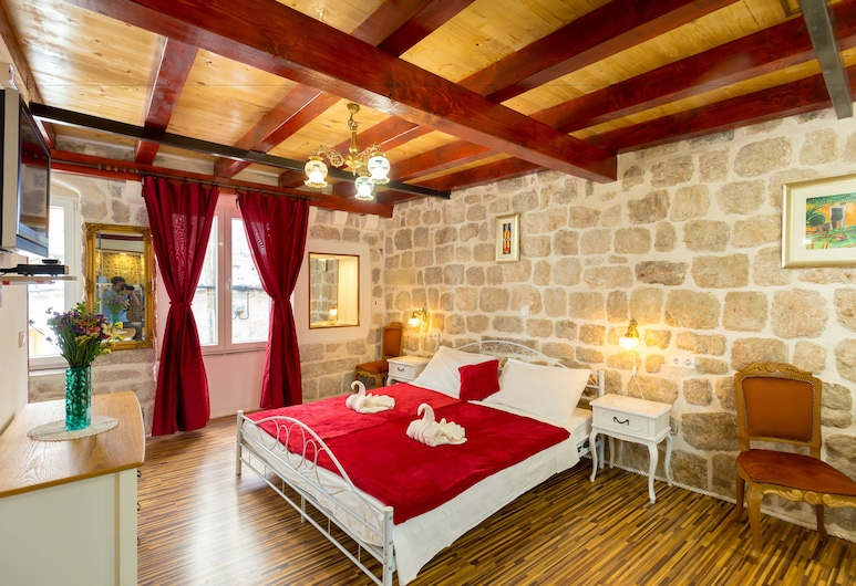 Juliette's palace studios, Dubrovnika