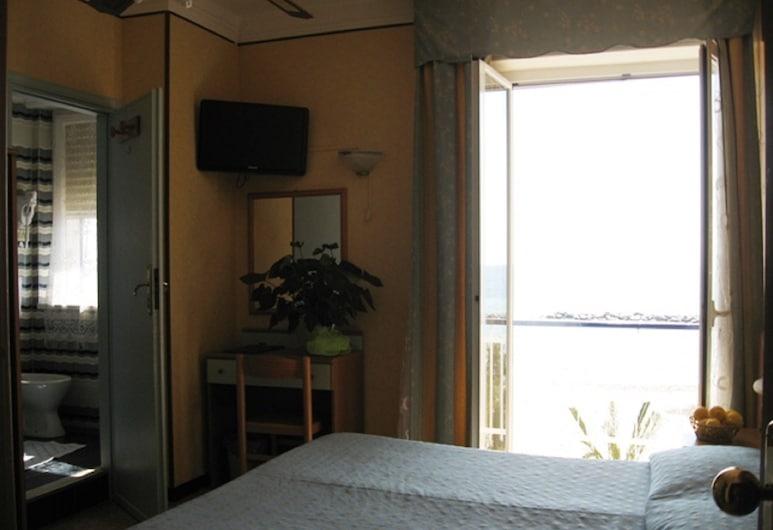 โรงแรมสวิซเซรา, Taggia, ห้องเบสิกทริปเปิล, 1 ห้องนอน, วิวชายหาด, ริมทะเล, ห้องพัก