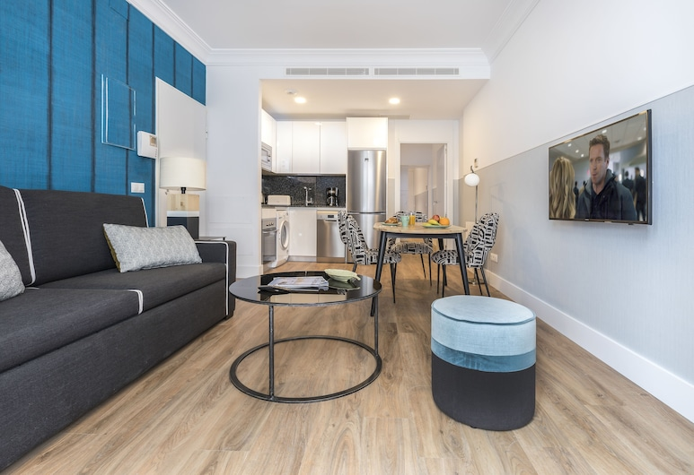 Slow Suites Bellas Artes, Madrid, Standard Apartment, 1 Bedroom, Accessible, Living Area