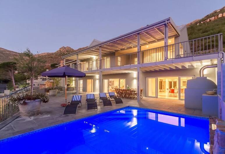 The Hillcrest, Cape Town