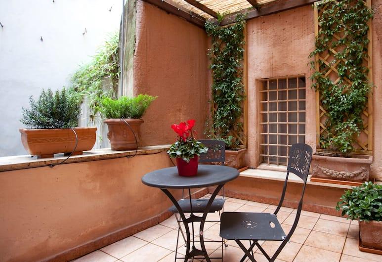 Rental In Rome Monti Suite Terrace, Rom