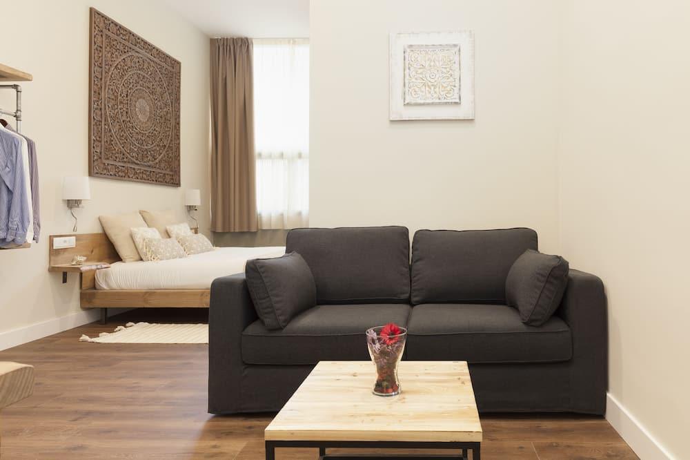 Habitación cuádruple, 1 cama doble con sofá cama - Sala de estar