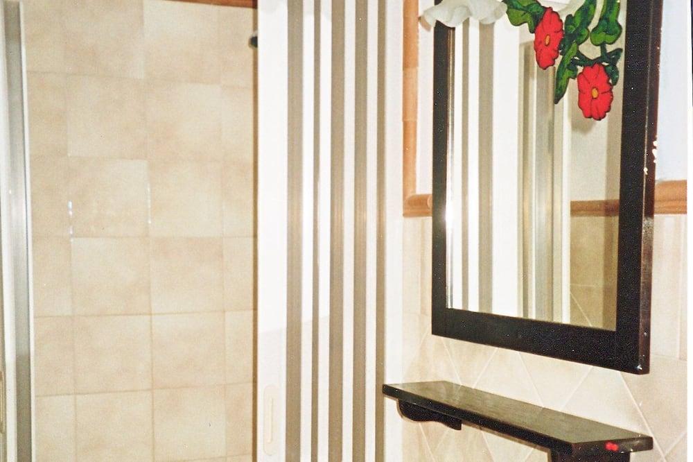 Standard Double Room, Mountain View - Bilik mandi