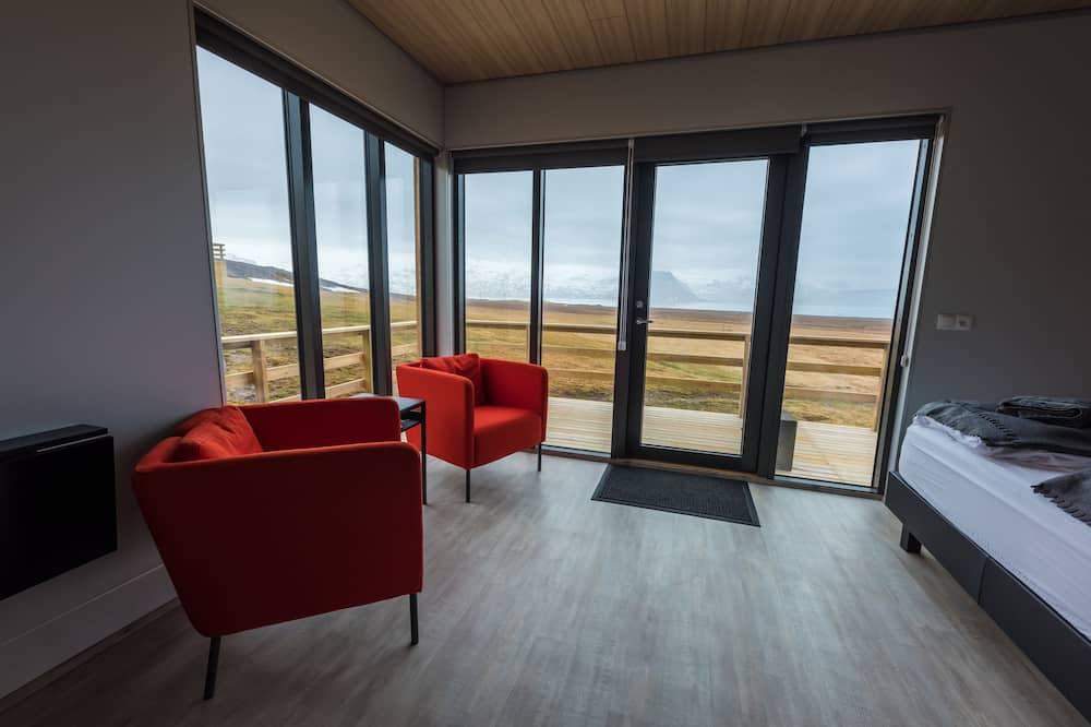 Deluxe Cottage, 1 Queen Bed - Living Area