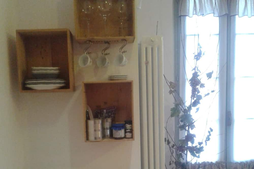 Standard - kolmen hengen huone - Ruokailu omassa huoneessa