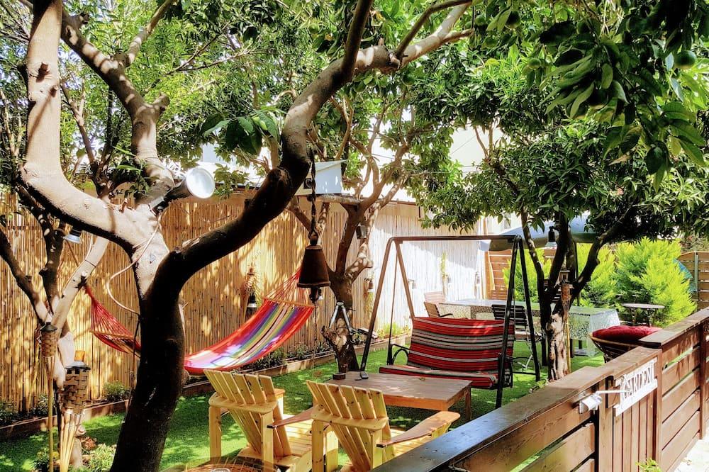 דירה, 2 חדרי שינה, בריכה פרטית - נוף לגן