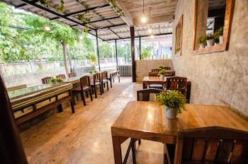 Mynd af The Rest Hotel í Koh Lan