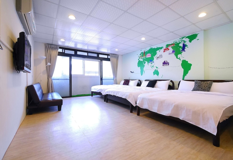 Fengjia Coco Hostel, Taichung, Hotel Front