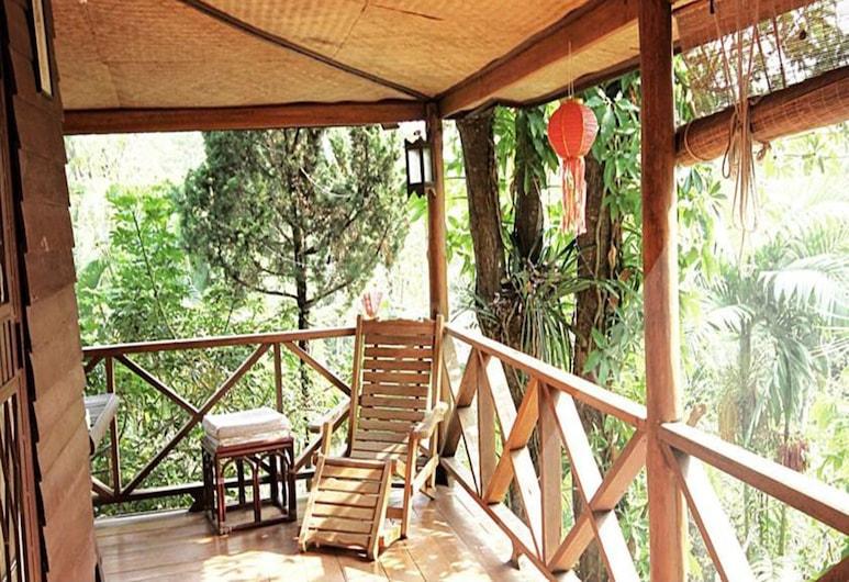 Janpha Cottage, צ'יאנג ראי, Standard Double Fan Room, מרפסת