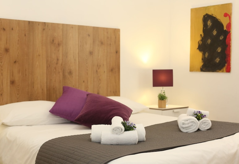 Petrarca Apartment, Rome, Apartment, 2 Bedrooms, Room