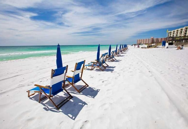 Gulf Shore Condo #405 2 Bedrooms 2 Bathrooms Condo, Destin, Condo, 2 Bedrooms, Beach