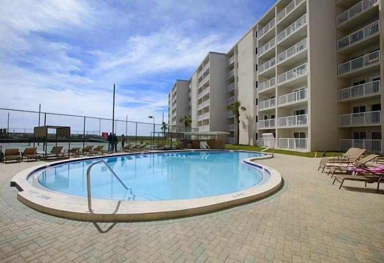 Gulf Shore Condo #405 2 Bedrooms 2 Bathrooms Condo, Destin