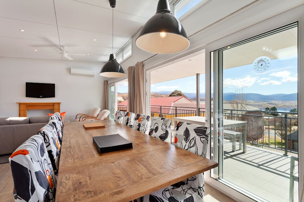 Townhome, 4 Bedrooms - In-Room Dining