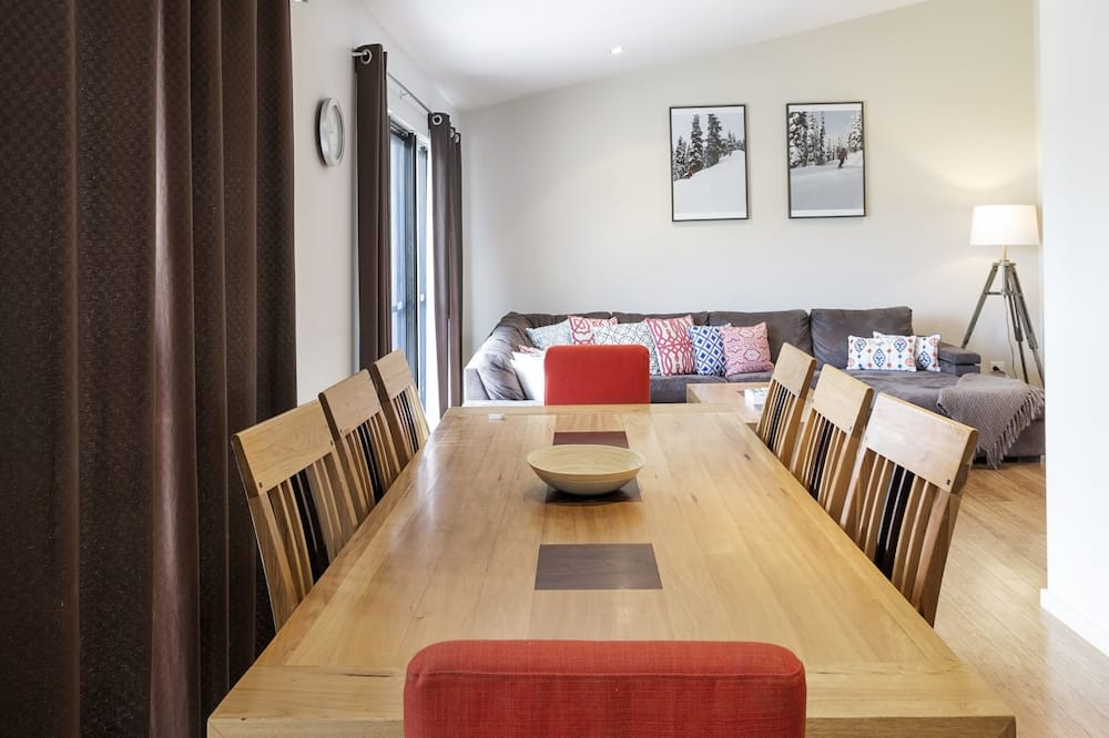 Apartment, 3 Bedrooms - In-Room Dining