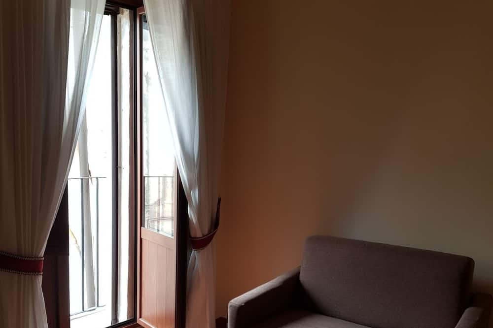 Comfort - kolmen hengen huone - Oleskelualue
